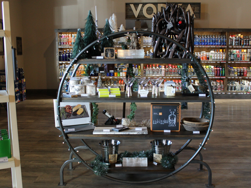 Liquor Gift Sets and Bar Accessories in Lolo, MT